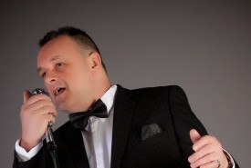 Francis Kelly swing king - Rat Pack Tribute Act UK, Scotland