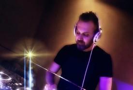 EmreS - Nightclub DJ Putney, London