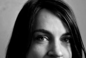 Elise Sipos - Aerialist / Acrobat Virginia