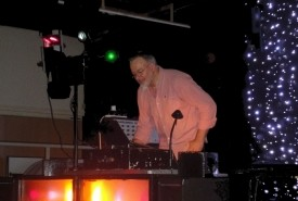 Tom Parr - Wedding DJ Derby, Midlands