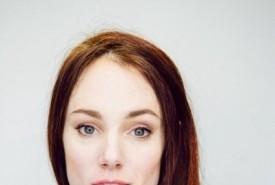 Teresa Callan - Aerialist / Acrobat