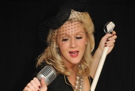 Miss Cindy Hoten - Female Singer