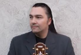Antoine Fleuriot - Guitar Singer England, East of England
