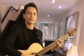 Leo Z. Soloist/Vocalist/Guitarist/Saxophonist  - Acoustic Guitarist / Vocalist Metro Manila, Philippines