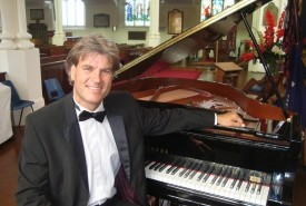 Stephen Kingsbury - Pianist / Keyboardist UK, South East