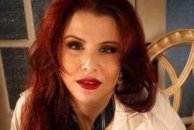 Angela Walberg - Female Singer Hennepin, Minnesota
