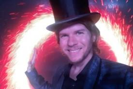 Ernesto Posse - Children's / Kid's Magician