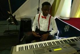 marc le grande - Cover Band Nairobi, Kenya