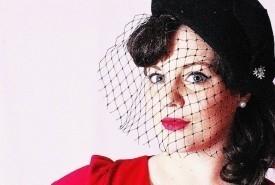 Lauren Hillier - Female Singer Colliers Wood, London