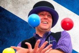 The Tartan Juggler - Juggler Alloa, Scotland