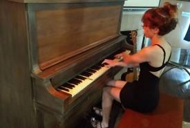Symphony Hanrahan - Pianist / Keyboardist Katy, Texas
