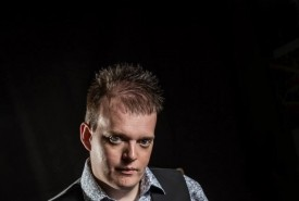 Paul Dawson - Close-up Magician west yorkshire, Yorkshire and the Humber
