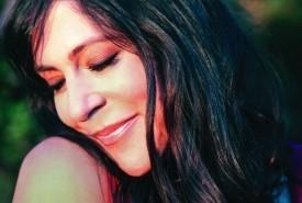 Alison Lewis - Female Singer