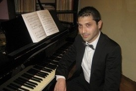 Piano Player - Pianist / Keyboardist Italy