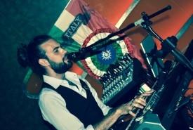 David M - Pianist / Singer Italy, Italy