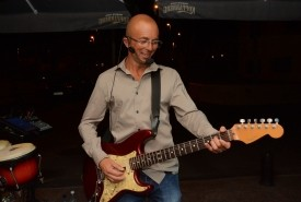 Santiago  No1 hits  - Guitar Singer