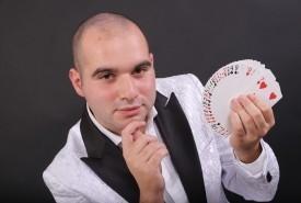 Vincenzo Orlando - Close-up Magician