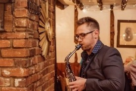 SaxMax - Saxophonist Walton-on-Thames, South East