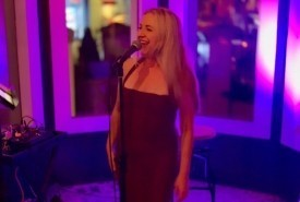 Paula Terry - Female Singer