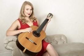 Cassie Mathews  - Solo Guitarist Northampton, East Midlands