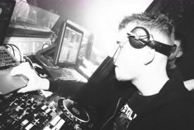 DJ DeeKay - Nightclub DJ Nottingham, Midlands