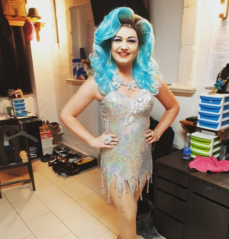 Drag Queen Act In Ashford, South East