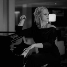 Aleksandra Derzhieva - Pianist / Keyboardist - Kotor, Montenegro