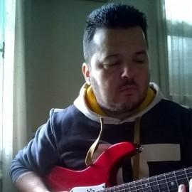 michalis karagiannis - Solo Guitarist - Greece