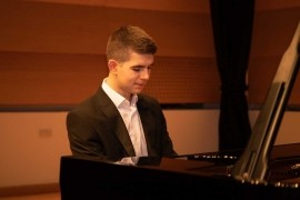 George Hoffman - Pianist / Keyboardist - Leeds, Yorkshire and the Humber