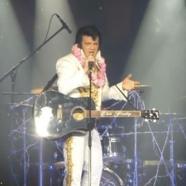 Darren Graceland jones - Elvis Impersonator - Uk, Wales