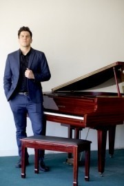Jerry Fenn - Pianist / Singer - Los Angeles, California