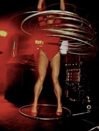 Beka Hoop - Hula Hoop Performer - Los Angeles, Germany