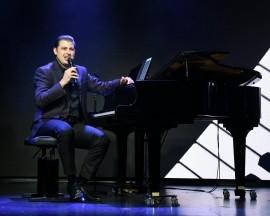 Anthony Farkas - Pianist / Keyboardist - Budapest, Hungary