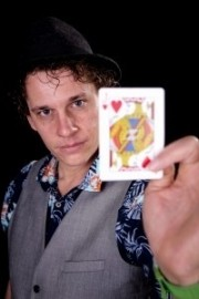 Lucky Lee - Wedding Magician - Kent, South East