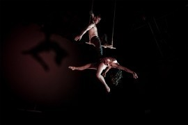 Hand to Hand / Duo Trapeze - Aerialist / Acrobat - Paris, France