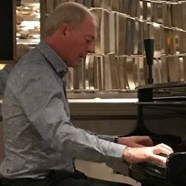 Derek Conlon - Pianist / Singer - Islington, London