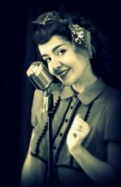 Madeleine Cooke - Female Singer - South West