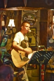 Keilan Ross - Guitar Singer - Scotland