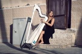 Evelina Rolon - Harpist -