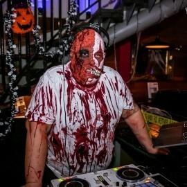 DJ Jonny B - Nightclub DJ - Wales