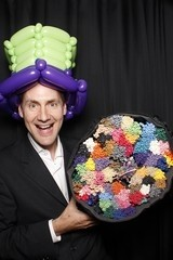 David Crofts Balloon Artist & Magician - Balloon Modeller - Windsor, South East