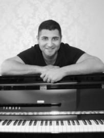 Jamsheed Master - Pianist / Keyboardist - South East, South East