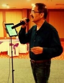 VENKATESH SUNEHRI YAADEIN - Male Singer - India, India