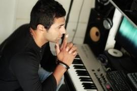 singer - Male Singer - Greece