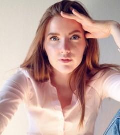 Madeleine Claire - Female Singer - Basel, Switzerland