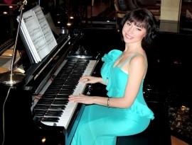 Yuliya - Pianist / Keyboardist - Ukraine, Ukraine