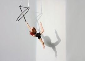 Leanne Thompson - Aerialist / Acrobat - London