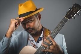 Guitarist & Vocalist - Guitar Singer - 507, Panama