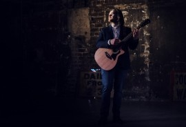 Gordon Robertson - Vocalist & Musician - Guitar Singer - Grangemouth, Scotland