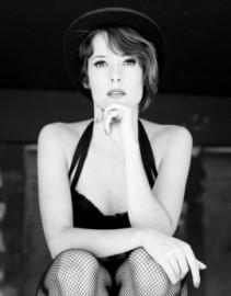 Sara Claro - Female Singer - Portugal